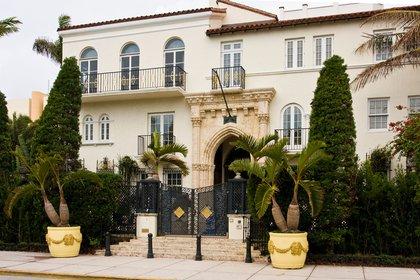 Casa Casuarina, la mansión donde vivía y asesinaron en su puerta a Gianni Versace, en Ocean Drive, South Beach,Miami (Grosbygroup)