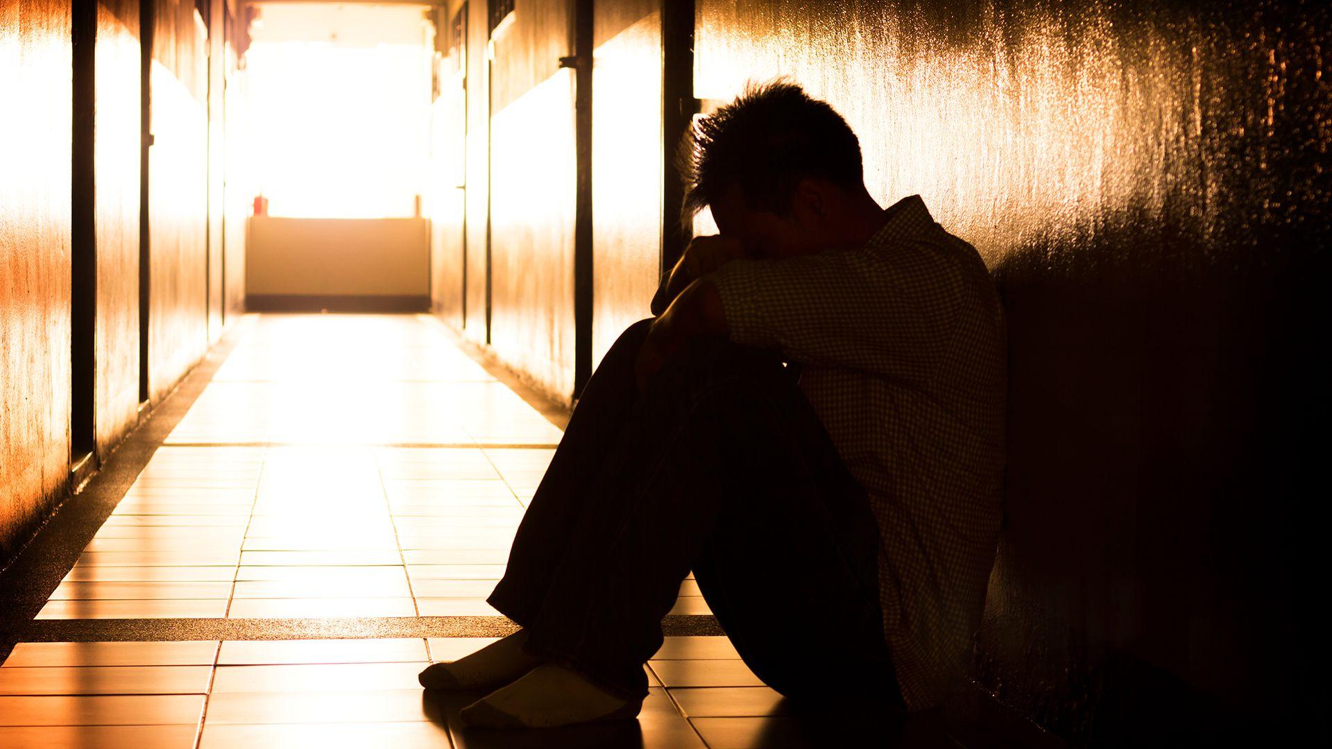 El autismo se presenta también en algunos casos en la adultez (Shutterstock)