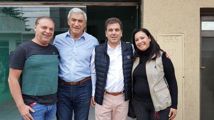 Marcelo Del Sol (extremo izquierdo) y el diputado electo del PRO, Cristian Ritondo, actual ministro de Seguridad bonaerense (el del medio a la derecha)