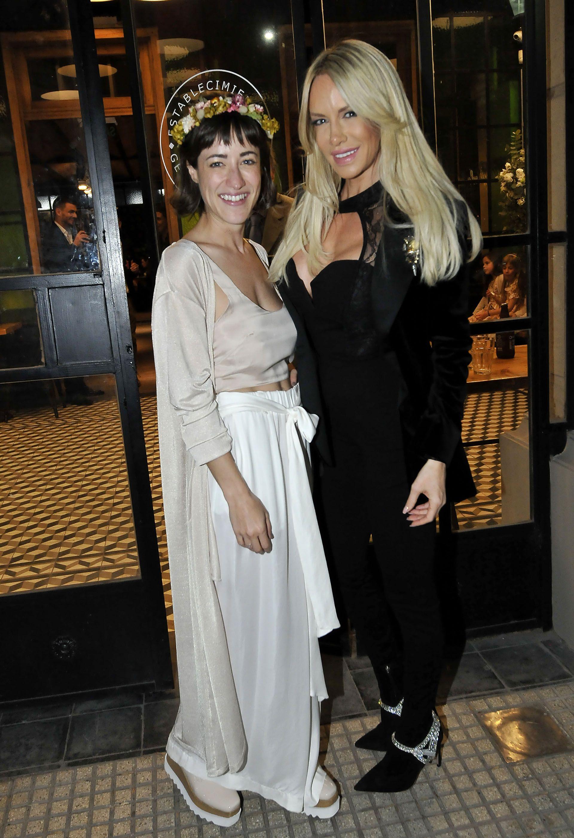 Camila y Luciana