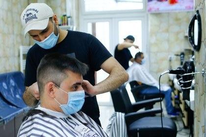 Las peluquerías, lavaderos, kioscos, podrán acceder a una especie de ATP provincial