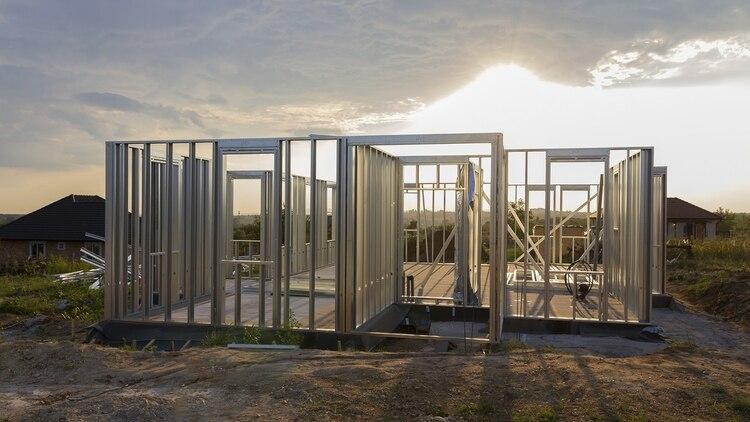 El incremento de superficie útil promedio en un vivienda de steel framing es del 4% respecto de la alternativa húmeda (Shutterstock)