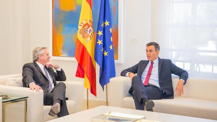 Alberto Fernández se reunió con el jefe de estado español, Pedro Sánchez