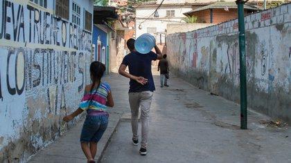El agua potable es uno de los grandes problemas hoy en Venezuela. (Shutterstock)