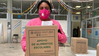 La caja de víveres tiene más de 10 productos no perecederos. (Foto: Fidegar)