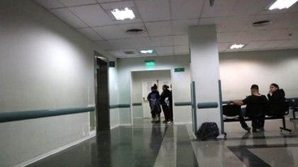 La angustia de la familia, en el Hospital Rawson de San Juan