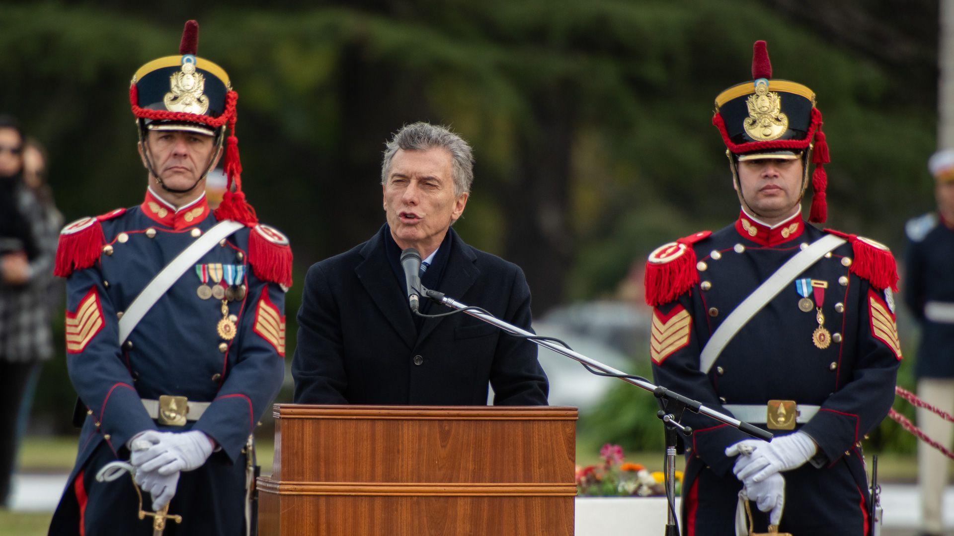 Mauricio Macri encabezó el acto por el Día del Ejército (Fotos: Adrián Escandar)