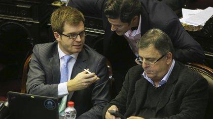Nicolás Massot, Luciano Laspina y Mario Negri durante una sesión en Diputados (NA)