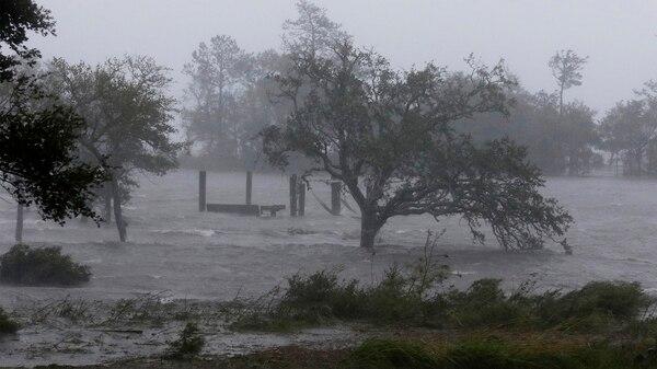 El huracán tocó tierra este viernes (AP Photo/Tom Copeland)