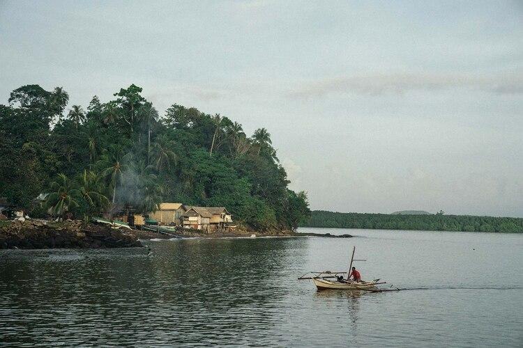 """""""Si yo fuera un cocodrilo, este es el lugar donde me gustaría vivir"""", dijo un funcionario de conservación sobre Balábac, un pueblo en Filipinas. Credit Hannah Reyes Morales para The New York Times"""