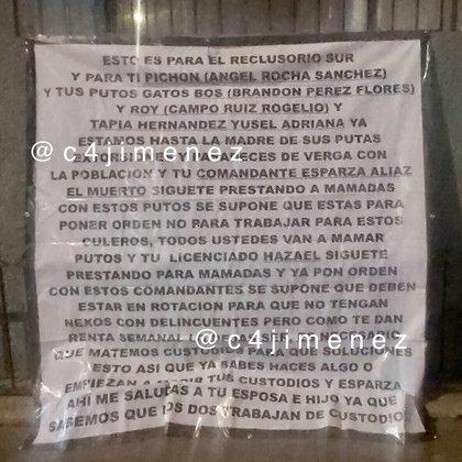 Dejan mensaje afuera de la oficina de Antonio Hazael Ruíz, subsecretario del Sistema Penitenciario de la Ciudad de México (Foto: Twitter@c4jimenez)