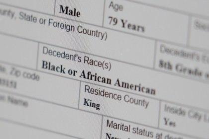 Los afroamericanos sufren una incidencia del COVID-19 de más del doble que, por ejemplo, los blancos en EEUU (Reuters/ David Ryder)