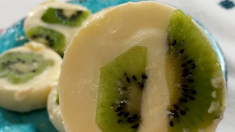 Los chupetines de yogur y frutas