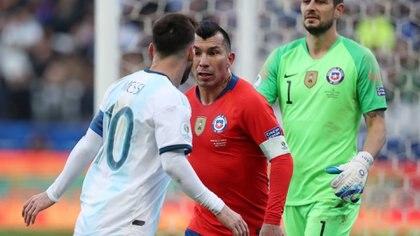 Argentina y Chile protagonizaron el encuentro por el tercer puesto en la Copa América pasada que se llevó a cabo en Brasil (Reuters/ Amanda Perobelli)