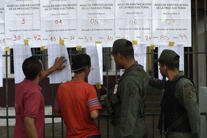 Los venezolanos están llamados a votar este domingo (AFP)