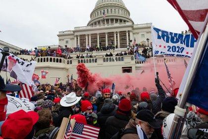 Foto de la irrupción de los seguidores de Donald Trump en el Capitolio de EEUU
