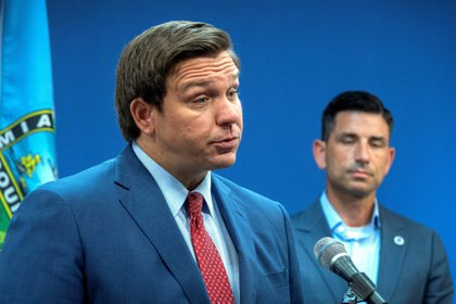 El gobernador de Florida, Ron DeSantis. EFE/EPA/CRISTOBAL HERRERA/Archivo