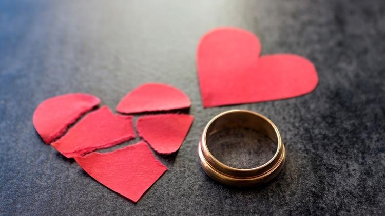 La encuesta revela que 8 de cada 10 parejas que sufren un episodio de infidelidad salvan su relación y comienzan a tratarse mejor, a comunicarse con más fluidez e incluso a tener más sexo (Shutterstock)