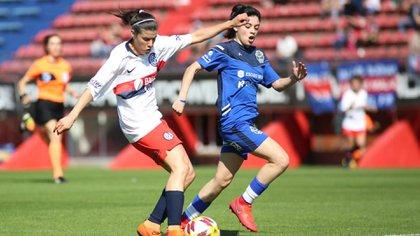 Federica jugó fútbol 11 y futsal en San Lorenzo entre 2017 y 2021 (@SanLorenzo)
