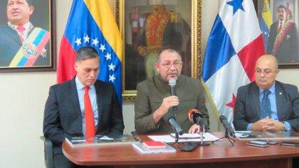 El embajador de Venezuela en Panamá, Jorge Durán Centeno (@EmbaVenePana)