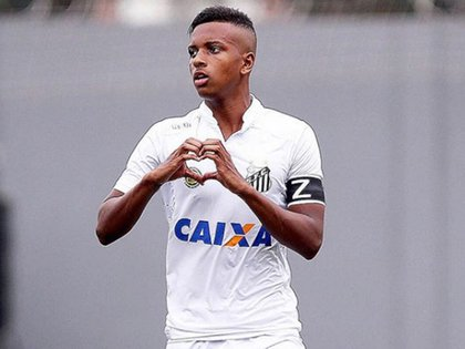 El delanterose destaca en el Santos de Brasil