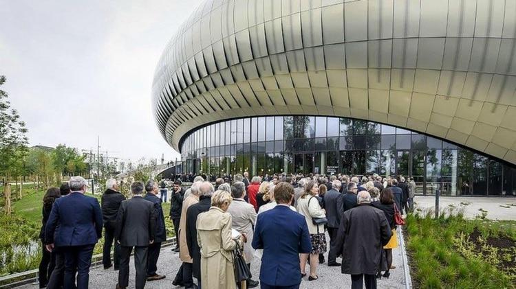 A la inauguración acudieron grandes figuras como el presidente François Hollande. (Cité du Vin)