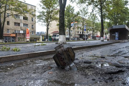 Cola de misiles en la zona civil de Nagorno-Karabaj.  Foto: David Gramanian / NKR InfoCenter / PAN Photo a través de REUTERS ATENCIÓN
