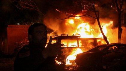 Al menos cuatro muertos se registraron en una explosión en un hotel en Pakistán donde se alojaba el embajador de China