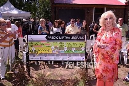 En esa visita le pusieron el nombre de Mirtha Legrand a un predio