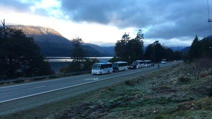 En febrero de 2019, los mapuches agredieron a turistas e impidieron su paso por la ruta 40 (Gentileza Bariloche2000)