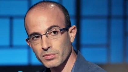 """""""La gente imagina la revolución de la inteligencia artificial y la automatización como un evento único, pero vamos a enfrentar una cadena de revoluciones"""", advirtió Yuval Noah Harari"""