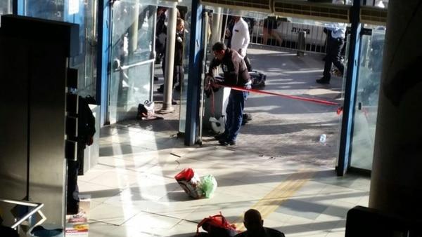 Terrorista palestino acuchilló a un guardia de seguridad — Ataque en Jerusalén