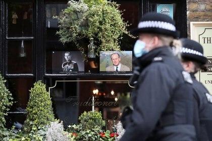 Los británicos hacen duelo por muerte de duque de Edimburgo, Windsor, Gran Bretaña, 12 abril 2021. REUTERS/Peter Cziborra
