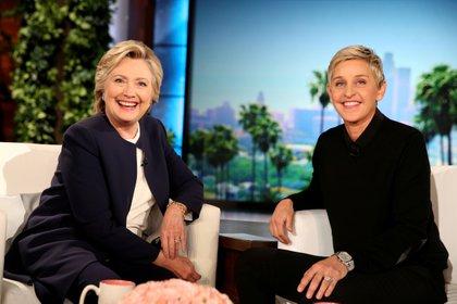 Ellen DeGeneres con Hillary Clinton en su programa (Reuters)