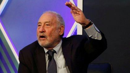 """Para Stiglitz """"no es el momento de ser ortodoxos"""""""