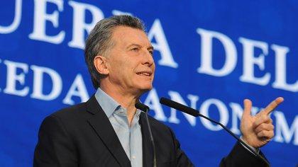 Ayer, Macri estuvo en Droguería del Sud(Télam)