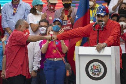 Nicolás Maduro anunció que Diosdado Cabello asumirá la jefatura del Bloque de la Patria (AP Foto/Ariana Cubillos)
