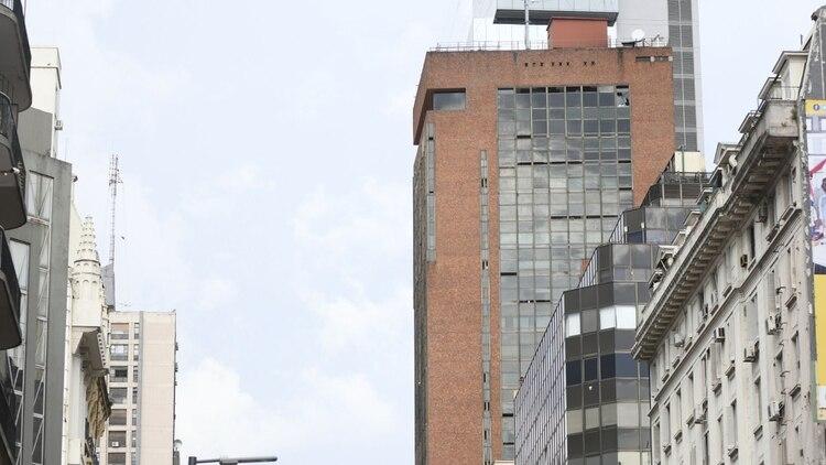 El siniestro ocurrió en el hotel Las Naciones, en Avenida Corrientes al 800 (Manuel Cortina)