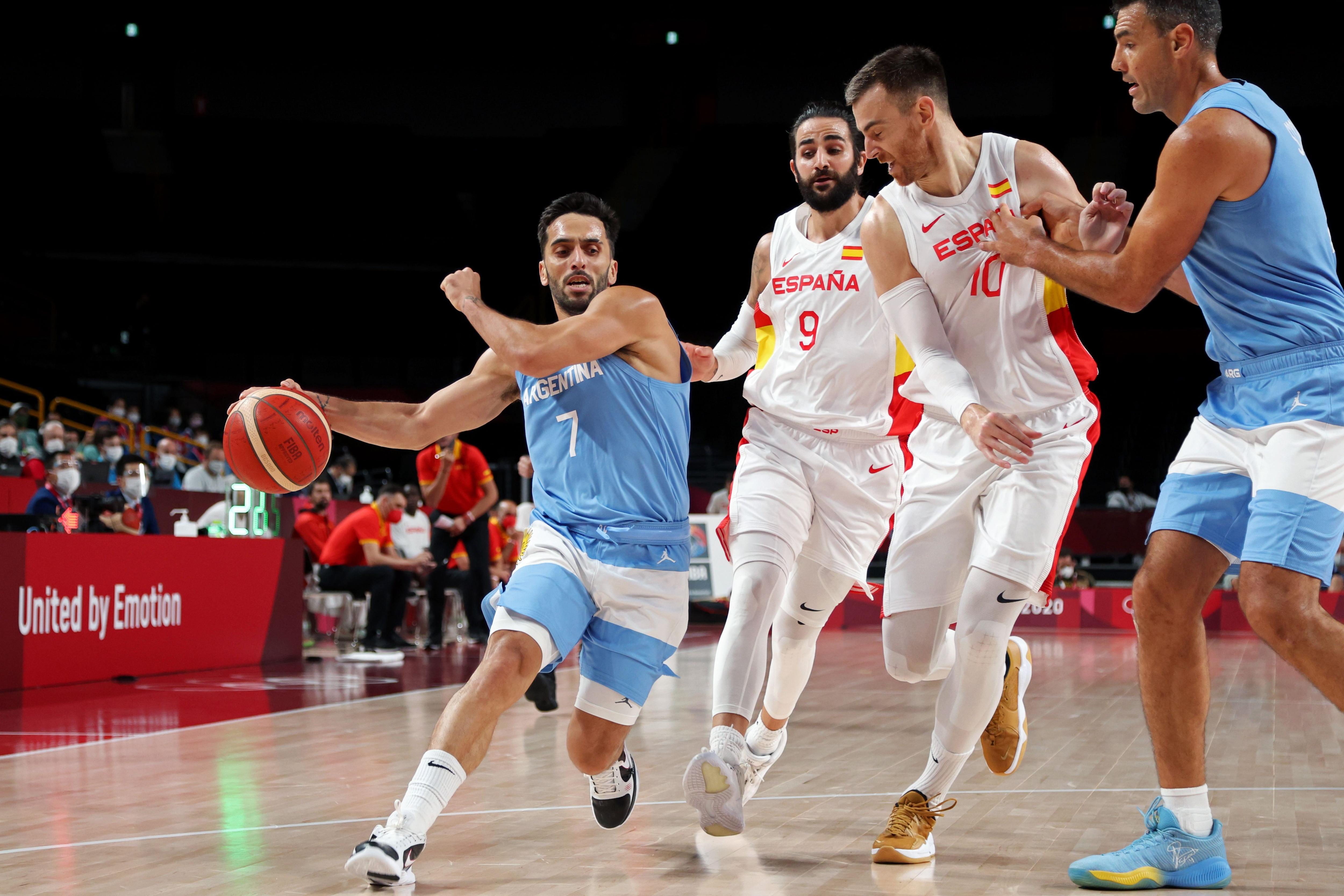 Argentina busca acomodarse dentro del Grupo C ante España (REUTERS/Alkis Konstantinidis)