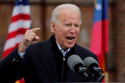Biden trata de motivar a los demócratas a ir a votar el martes en Georgia (REUTERS/Mike Segar)