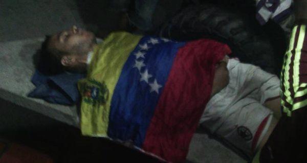 Colectivos chavistas asesinaron a otro joven en Venezuela: van 60 víctimas mortales en 50 días de protestas