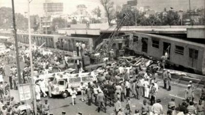 Choque del metro en 1975 donde murieron 31 personas (Foto: Twitter / @CDMXMetro)