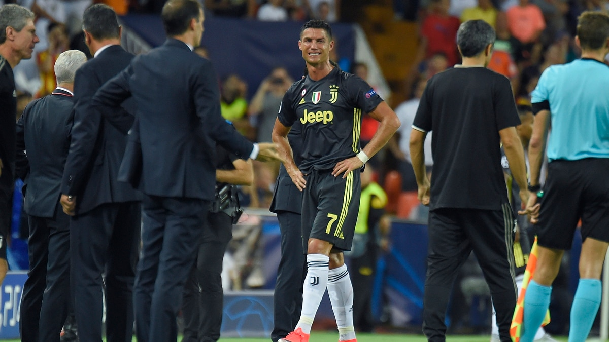 La dura sanción que afrontaría Cristiano Ronaldo por su polémica expulsión  en la Champions League - Infobae b4ad6f28752b