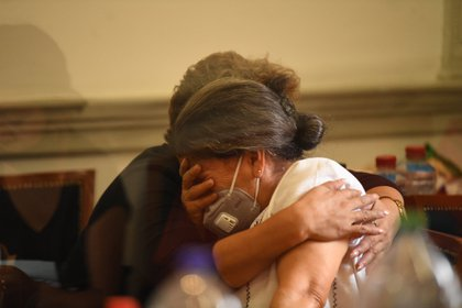 Madres de familia exigen justicia (Foto: @hoysololeslie)
