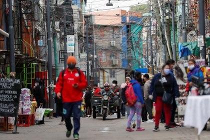 La Villa 31 y la Villa 1-11-14 son las más afectadas por la pandemia (REUTERS/Agustin Marcarian)