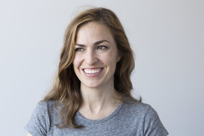 Lisa Brennan es hija de Steve Jobs y Chrisann Brennan (Brigitte Lacombe/Grove Press)