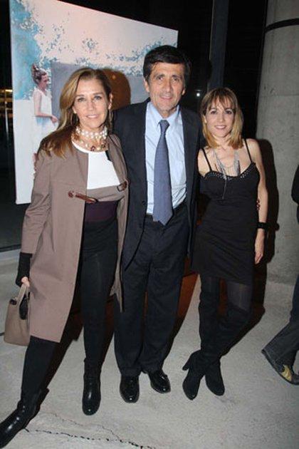 Marcos Gastaldi, con Marcela Tinayre y Valeria Gastaldi (Foto: Verónica Guerman / Teleshow.com )