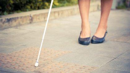 Este elemento esencial actúa como instrumento de identificación de personas ciegas (Shutterstock)