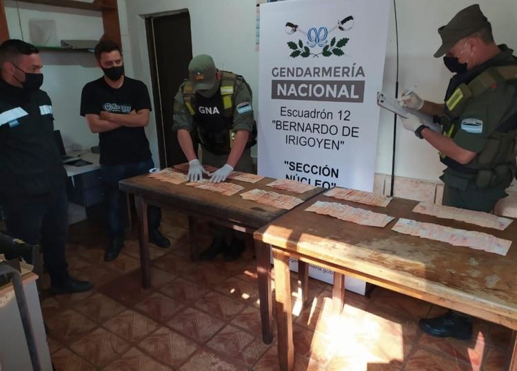 El procedimiento se llevó a cabo durante un control vehicular en una ruta de la localidad misionera de Bernardo de Irigoyen, según informaron hoy fuentes de Gendarmería Nacional Argentina (Telam).