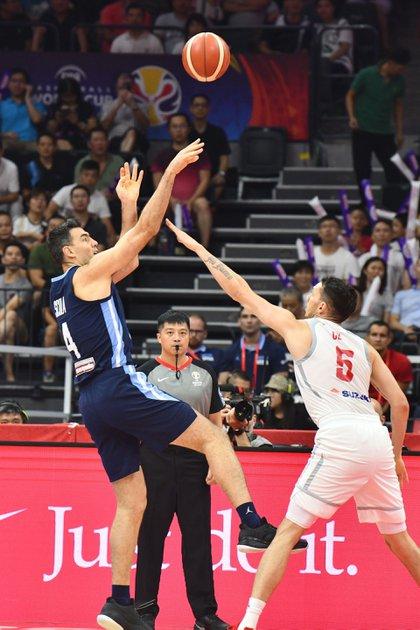 Luis Scola, una de las figuras de la selección argentina en el Mundial China 2019 (EFE)